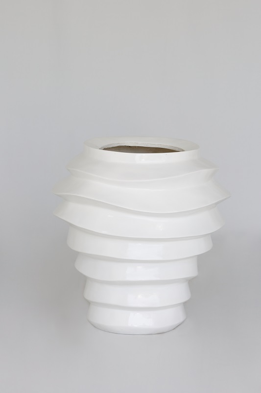 White Gloss Ridge Vase
